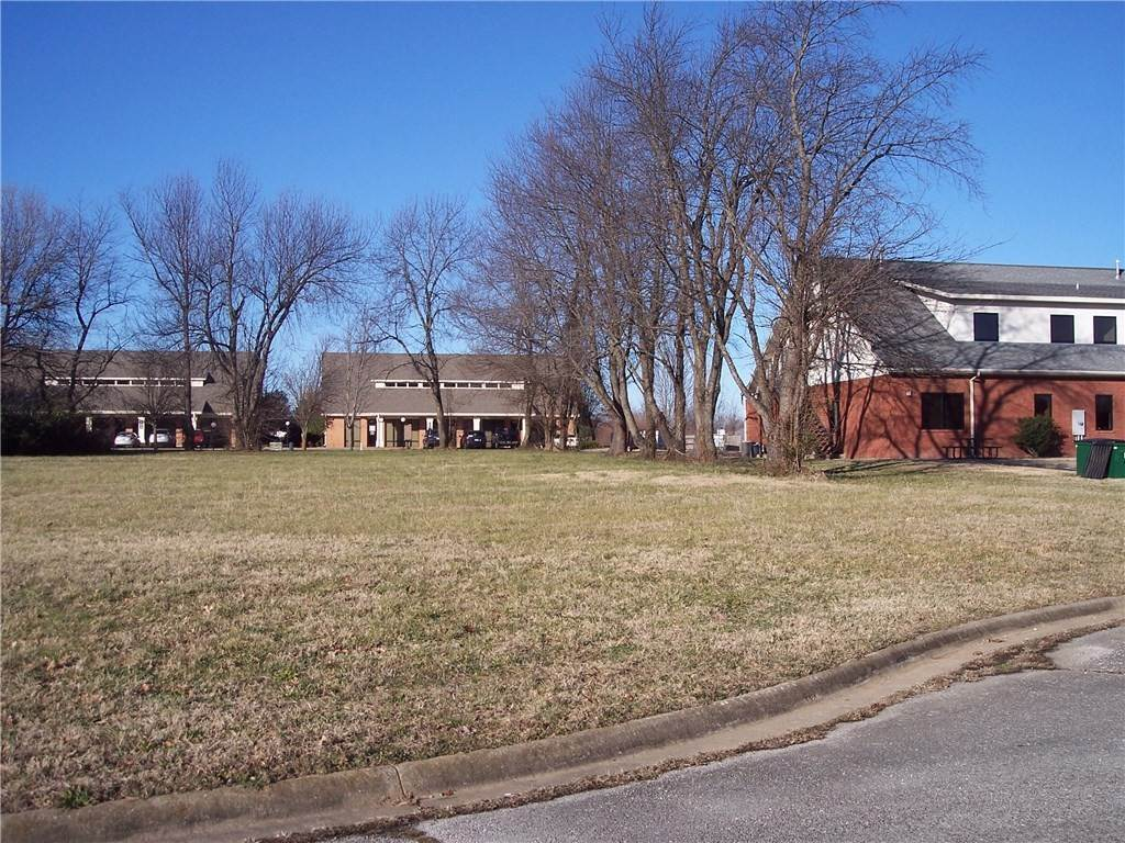 8. Land for Sale at 36th St & N 37th Street Rogers, Arkansas 72756 United States