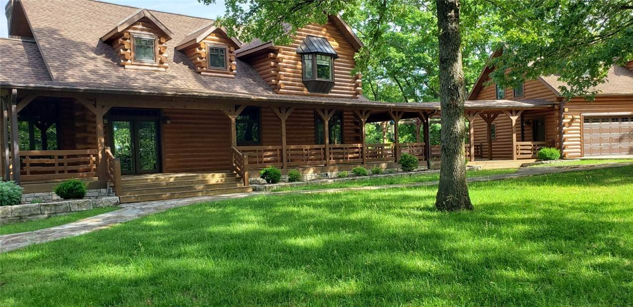 Single Family Homes for Sale at 1424 County Road 156 Eureka Springs, Arkansas 72632 United States