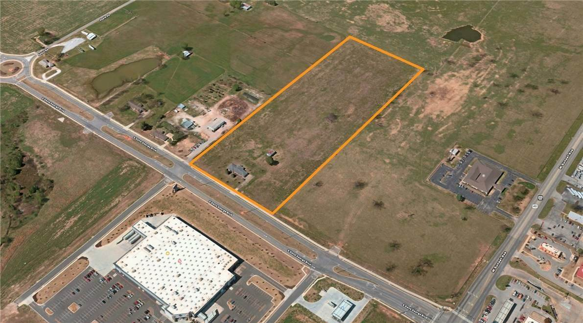 Land for Sale at 1550 Gene George Boulevard 1550 Gene George Boulevard Springdale, Arkansas 72762 United States