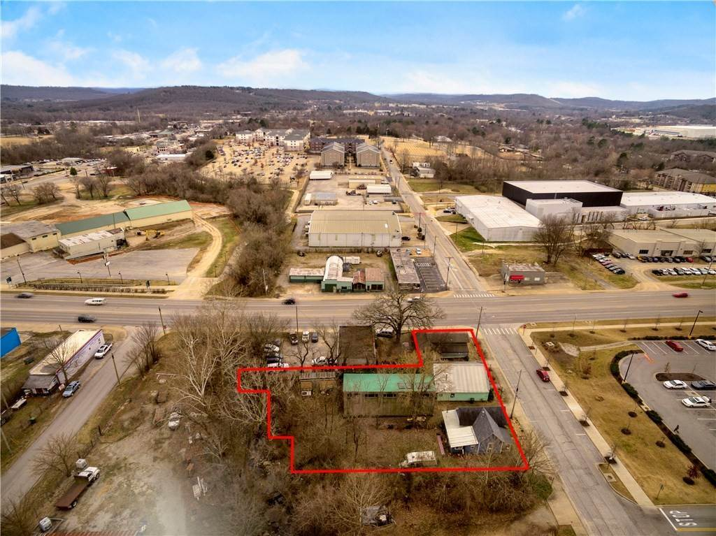 Commercial for Sale at 572 W Martin Luther King Boulevard 572 W Martin Luther King Boulevard Fayetteville, Arkansas 72701 United States