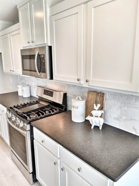 18. Single Family Homes for Sale at 454 N Yona Lane Farmington, Arkansas 72730 United States