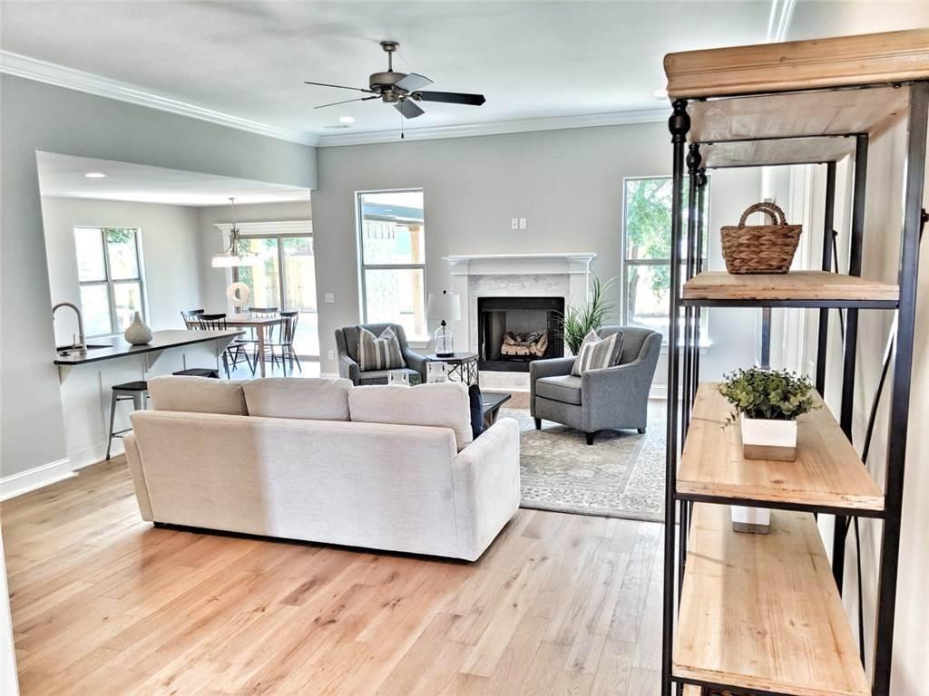 4. Single Family Homes for Sale at 454 N Yona Lane Farmington, Arkansas 72730 United States