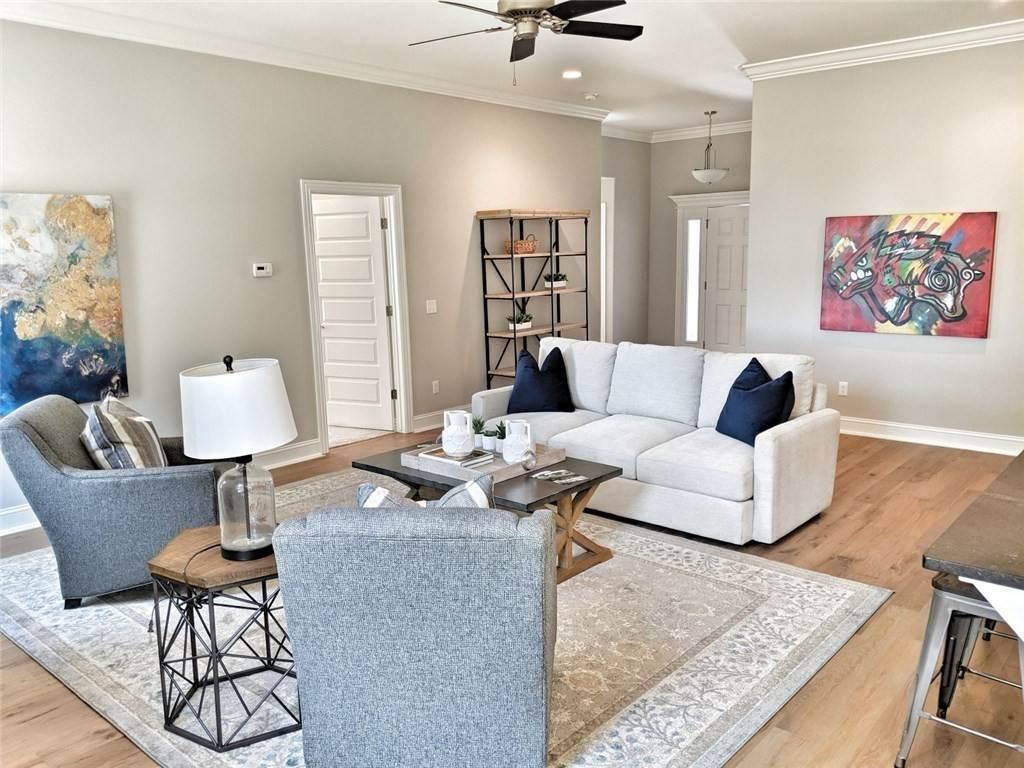 5. Single Family Homes for Sale at 454 N Yona Lane Farmington, Arkansas 72730 United States