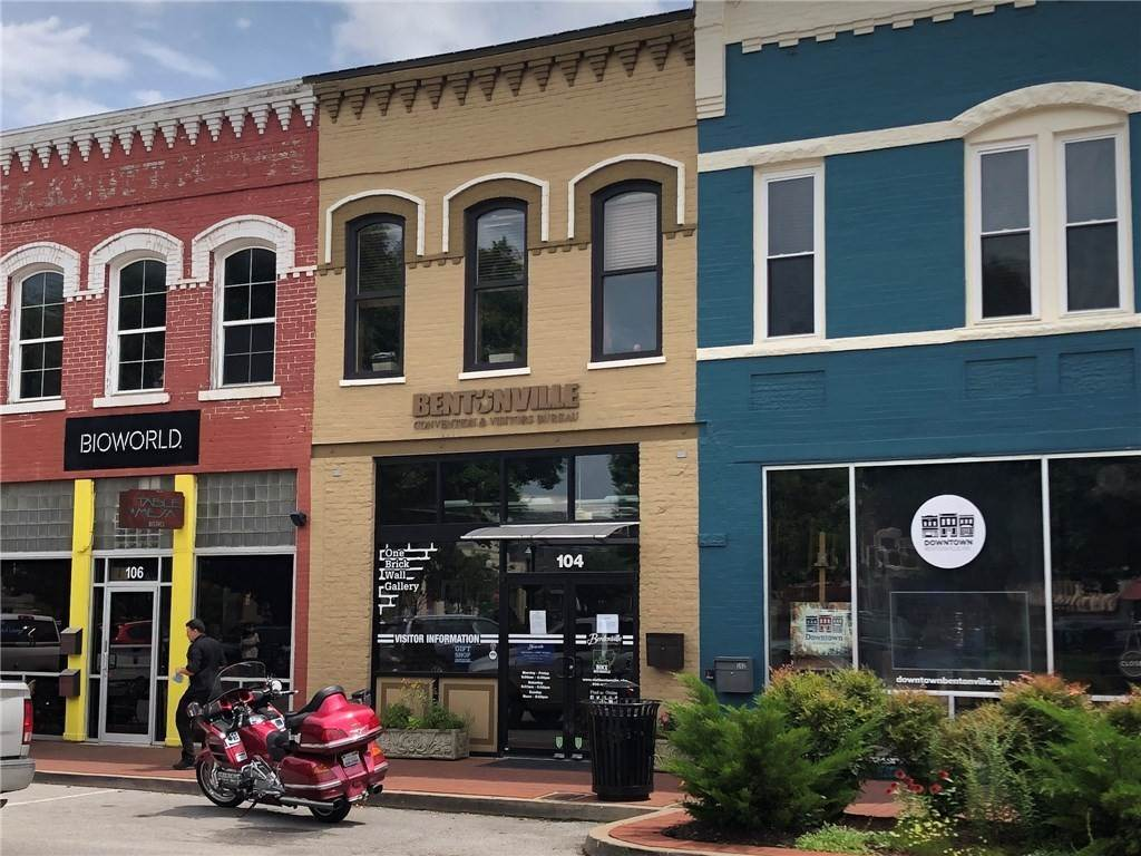 Commercial for Sale at 104 E Central Avenue Bentonville, Arkansas 72712 United States