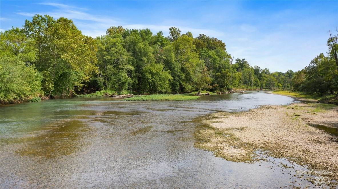 Land for Sale at 17982 River Valley Road 17982 River Valley Road Siloam Springs, Arkansas 72761 United States