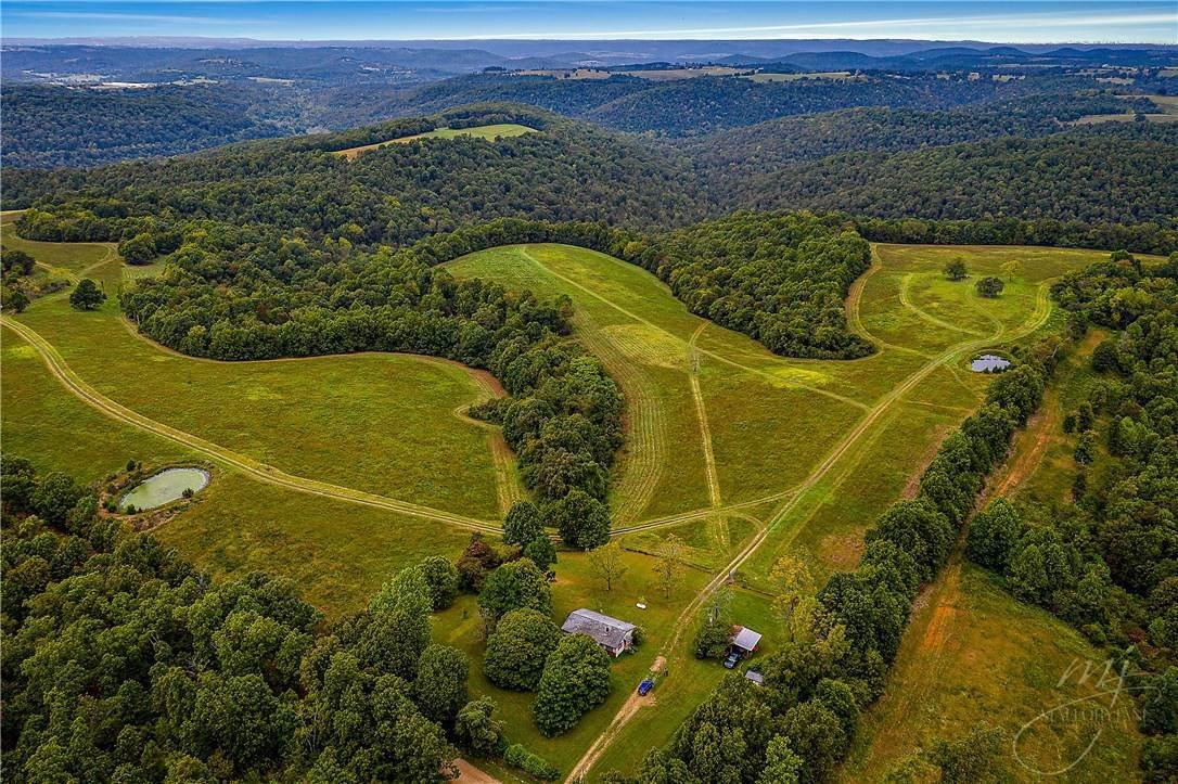 Farm for Sale at 1930 Mill Hollow Road Harrison, Arkansas 72601 United States