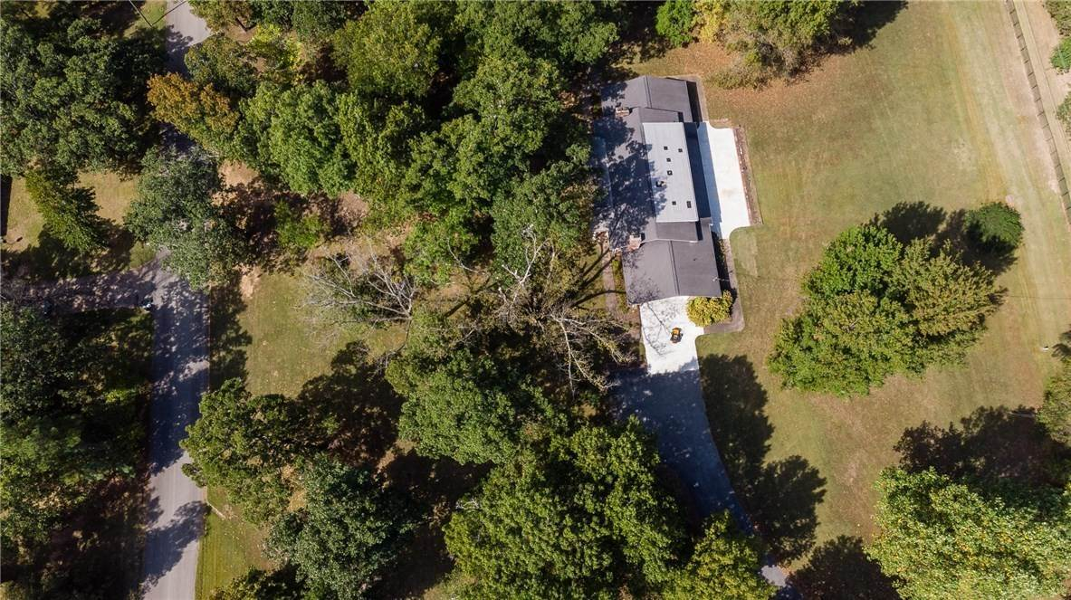 17. Single Family Homes for Sale at Lot 2 Manor Drive Fayetteville, Arkansas 72701 United States