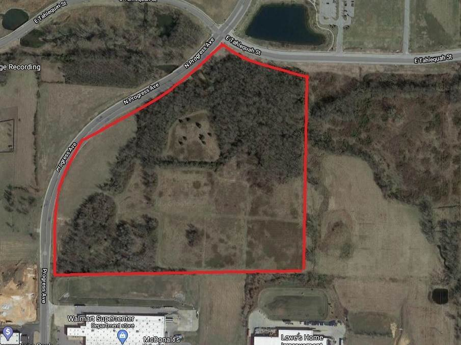 Land for Sale at Hwy 412 Hwy 412 Siloam Springs, Arkansas 72761 United States