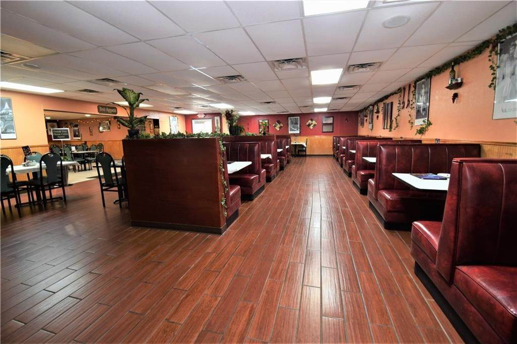 Commercial for Sale at 2001 Highway 412 Siloam Springs, Arkansas 72761 United States