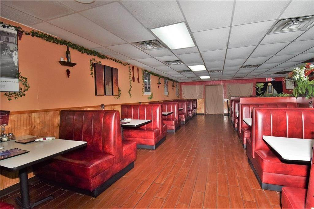 3. Commercial for Sale at 2001 Highway 412 Siloam Springs, Arkansas 72761 United States