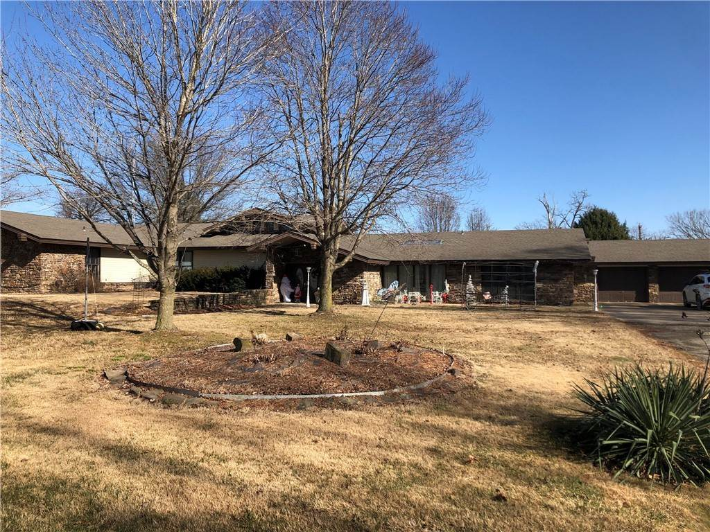 Single Family Homes for Sale at 12952 Galyean Stables Road 12952 Galyean Stables Road Bentonville, Arkansas 72712 United States