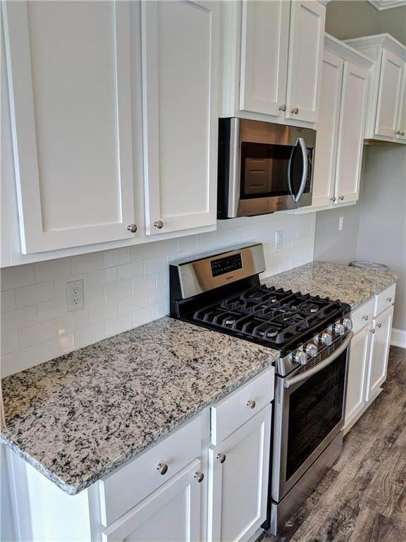 12. Single Family Homes for Sale at 495 Yona Lane Farmington, Arkansas 72730 United States