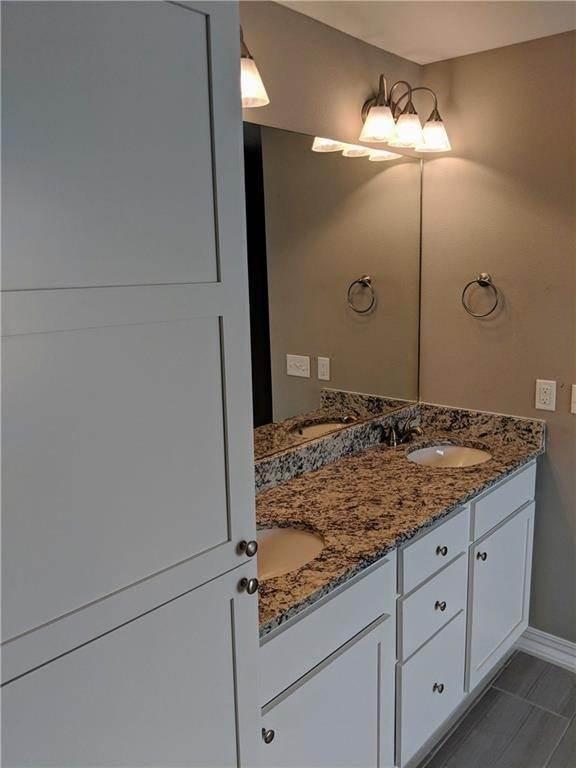 16. Single Family Homes for Sale at 495 Yona Lane Farmington, Arkansas 72730 United States