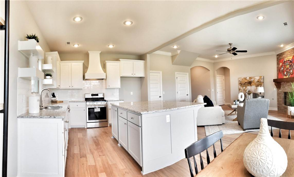 14. Single Family Homes for Sale at Lot 15 Goose Creek Village Farmington, Arkansas 72730 United States