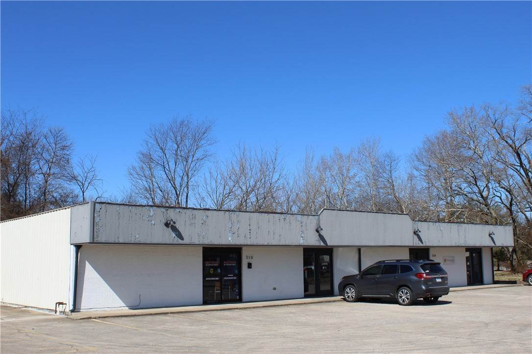 Commercial for Sale at 310-314 N 13th Street Rogers, Arkansas 72756 United States