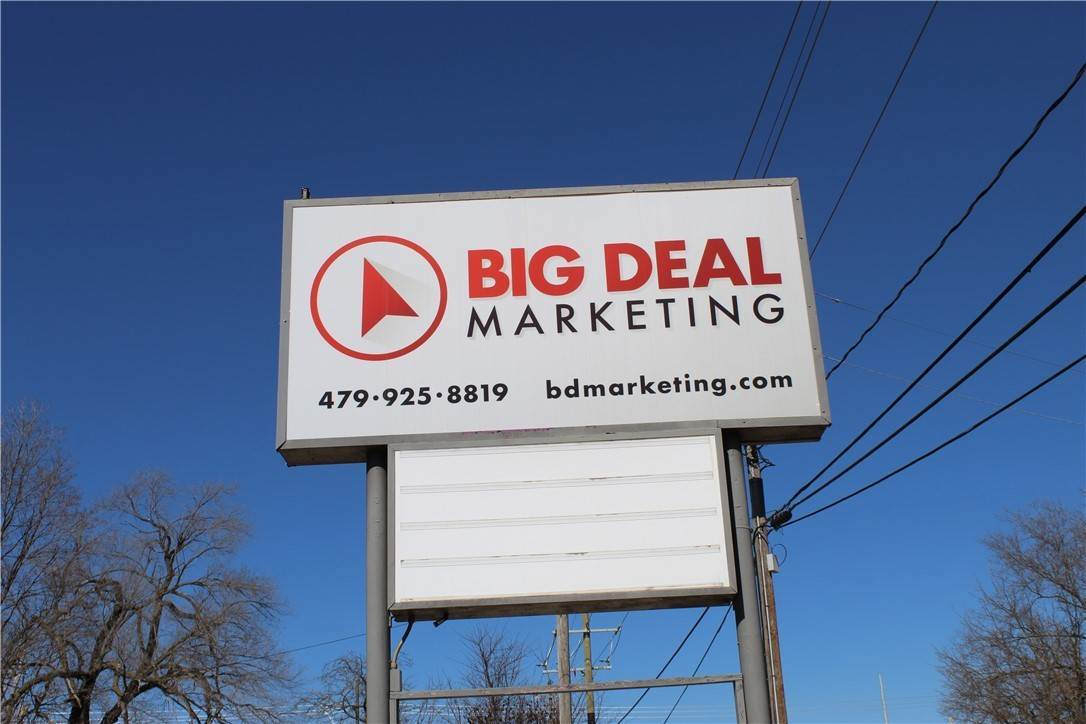 3. Commercial for Sale at 310-314 N 13th Street Rogers, Arkansas 72756 United States