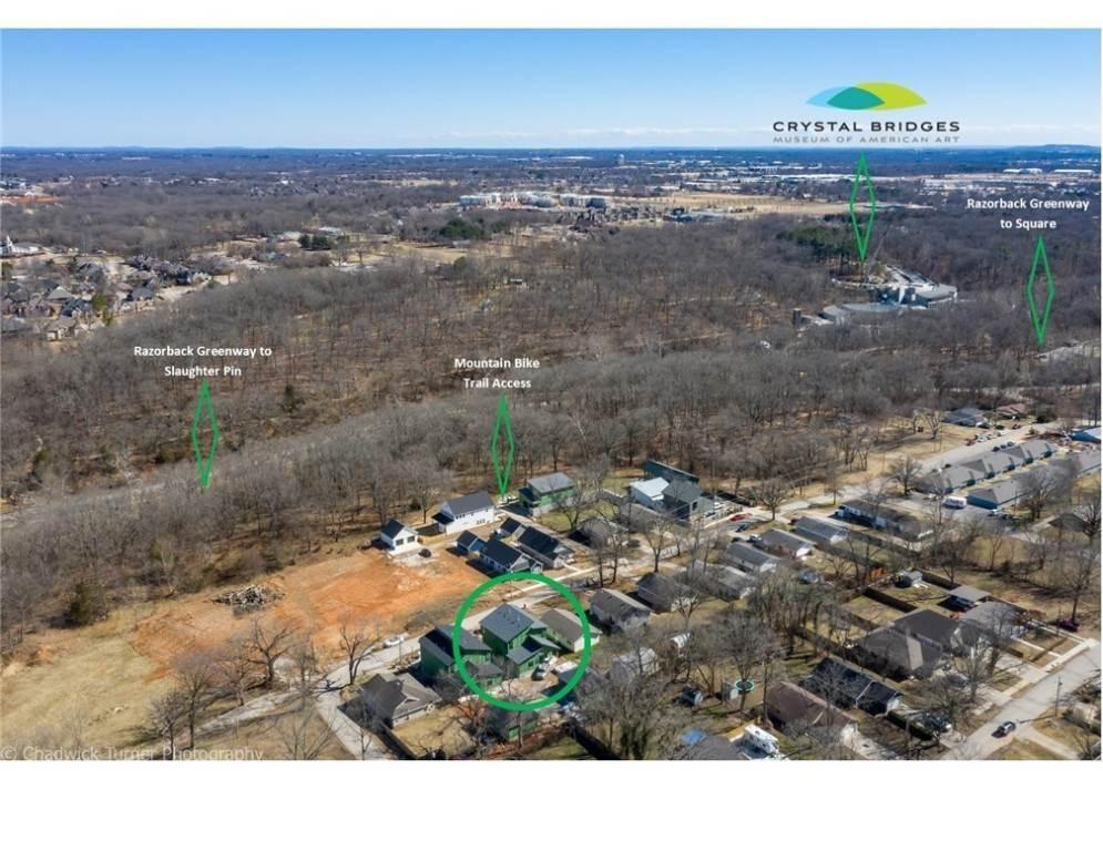 7. Single Family Homes for Sale at 1217 NE Fillmore Street Bentonville, Arkansas 72712 United States