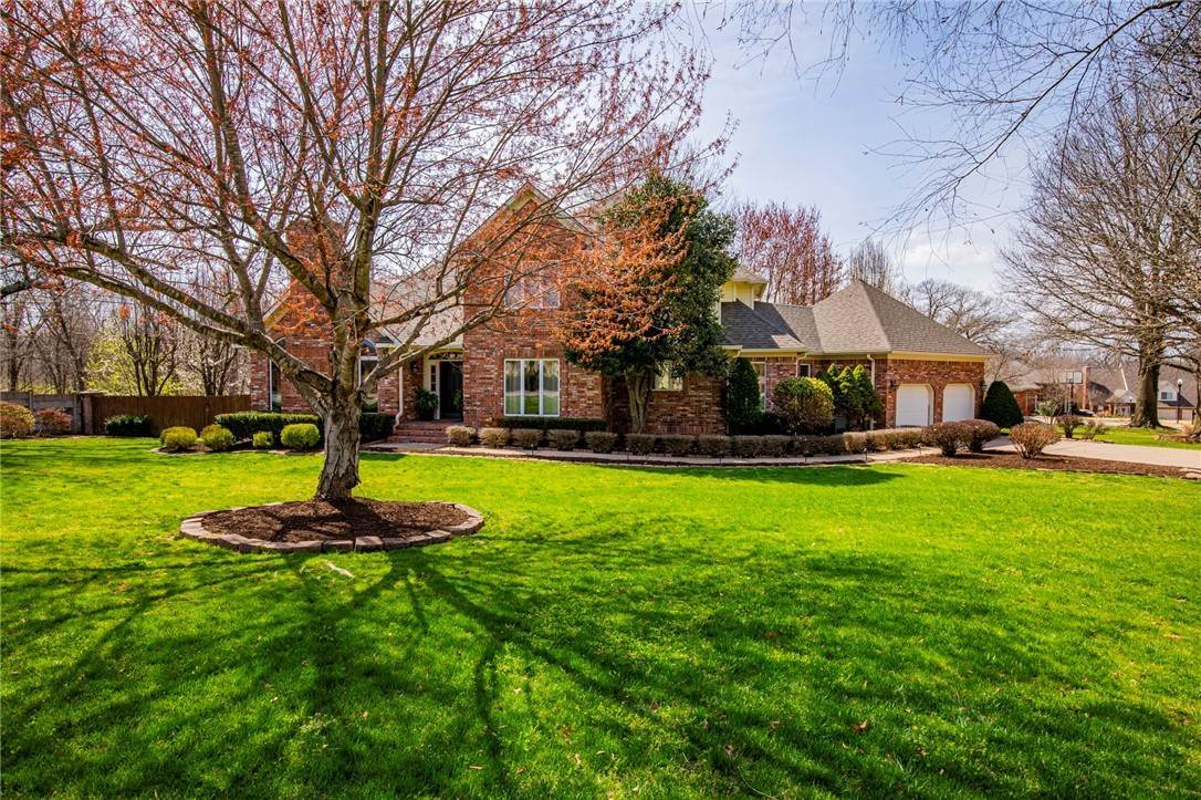 Single Family Homes for Sale at 1801 El Contento Circle Bentonville, Arkansas 72712 United States