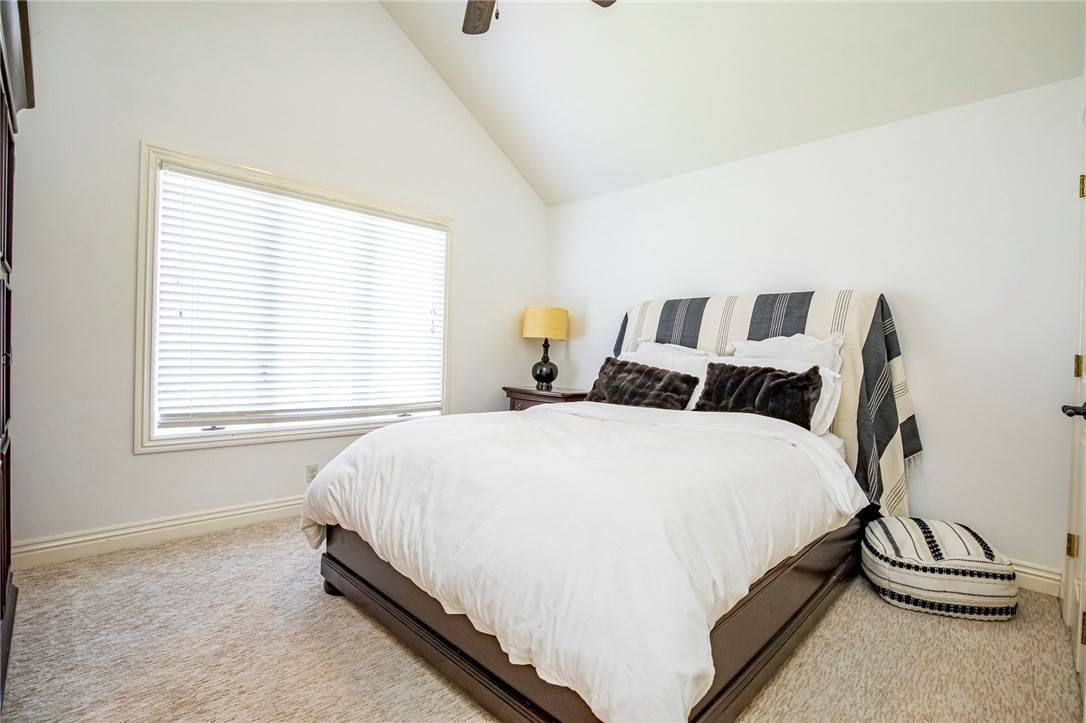17. Single Family Homes for Sale at 1801 El Contento Circle Bentonville, Arkansas 72712 United States