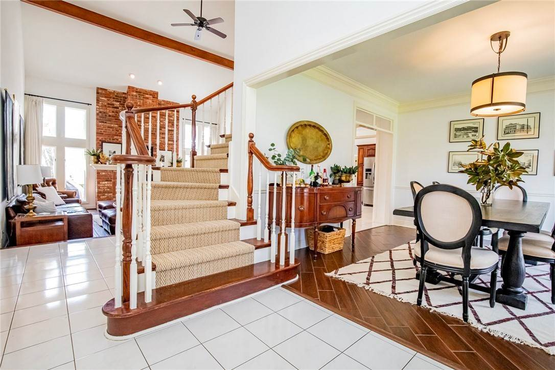 2. Single Family Homes for Sale at 1801 El Contento Circle Bentonville, Arkansas 72712 United States