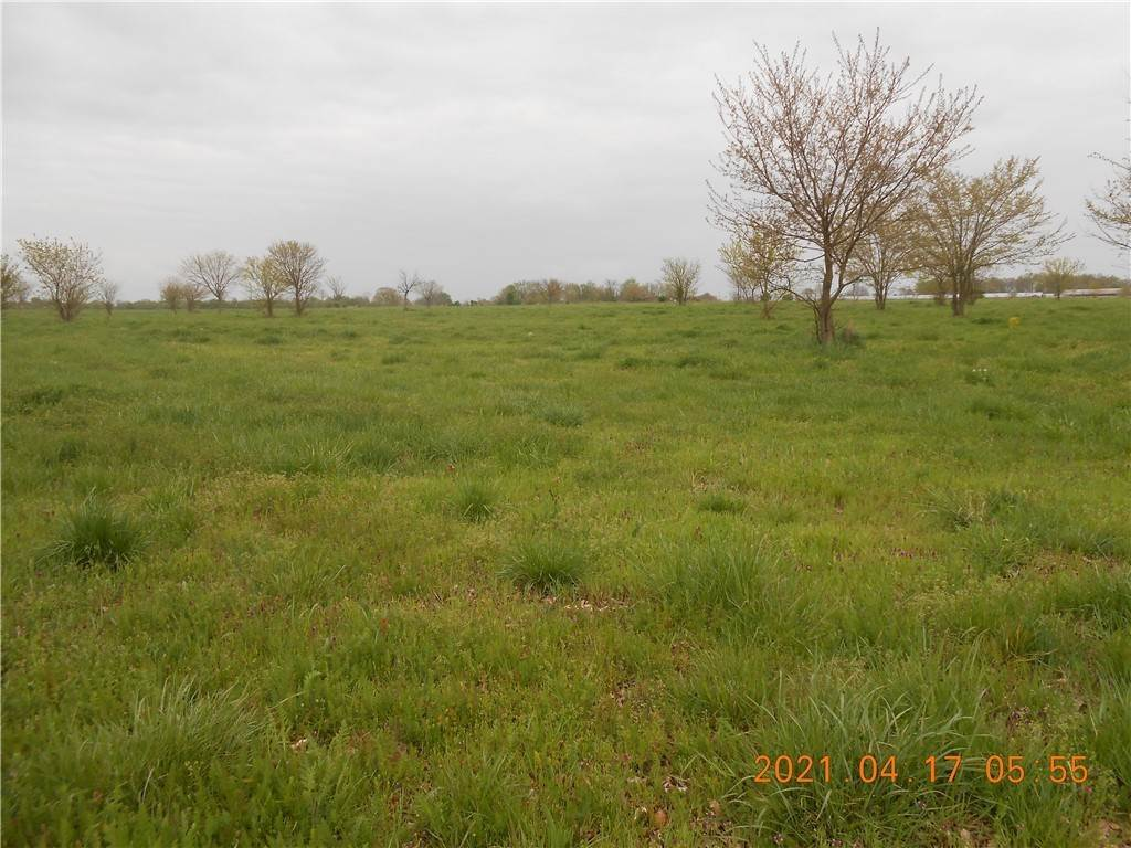 Land for Sale at Tract C Kelly Road Tontitown, Arkansas 72762 United States