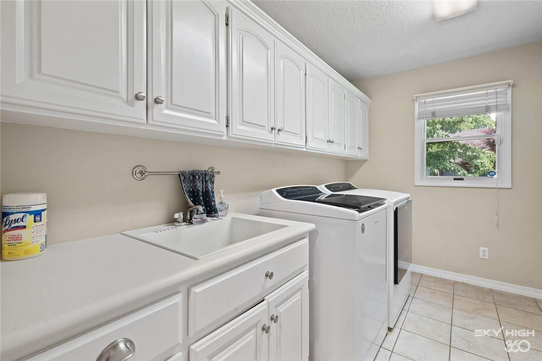 19. Single Family Homes for Sale at 47 Stonehenge Drive Bentonville, Arkansas 72712 United States
