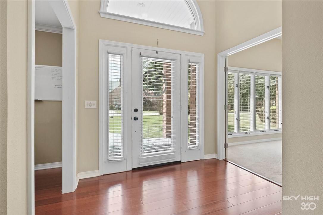 20. Single Family Homes for Sale at 47 Stonehenge Drive Bentonville, Arkansas 72712 United States