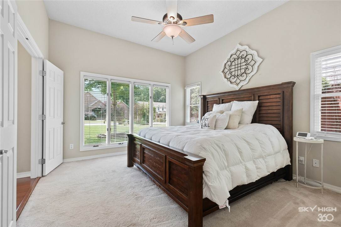 4. Single Family Homes for Sale at 47 Stonehenge Drive Bentonville, Arkansas 72712 United States