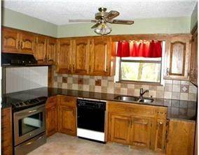 8. Single Family Homes for Sale at 12504 Lodge Drive Garfield, Arkansas 72732 United States