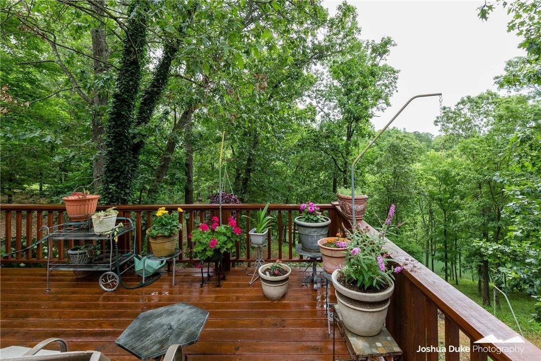 7. Single Family Homes for Sale at 3 Rame Lane Bella Vista, Arkansas 72714 United States