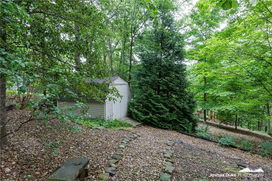 9. Single Family Homes for Sale at 3 Rame Lane Bella Vista, Arkansas 72714 United States
