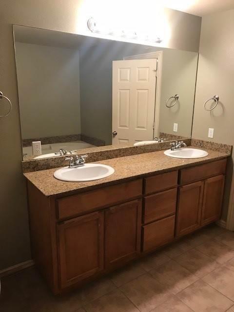 16. condo / townhouse / duple at 275 Copper Oaks Drive Centerton, Arkansas 72719 United States