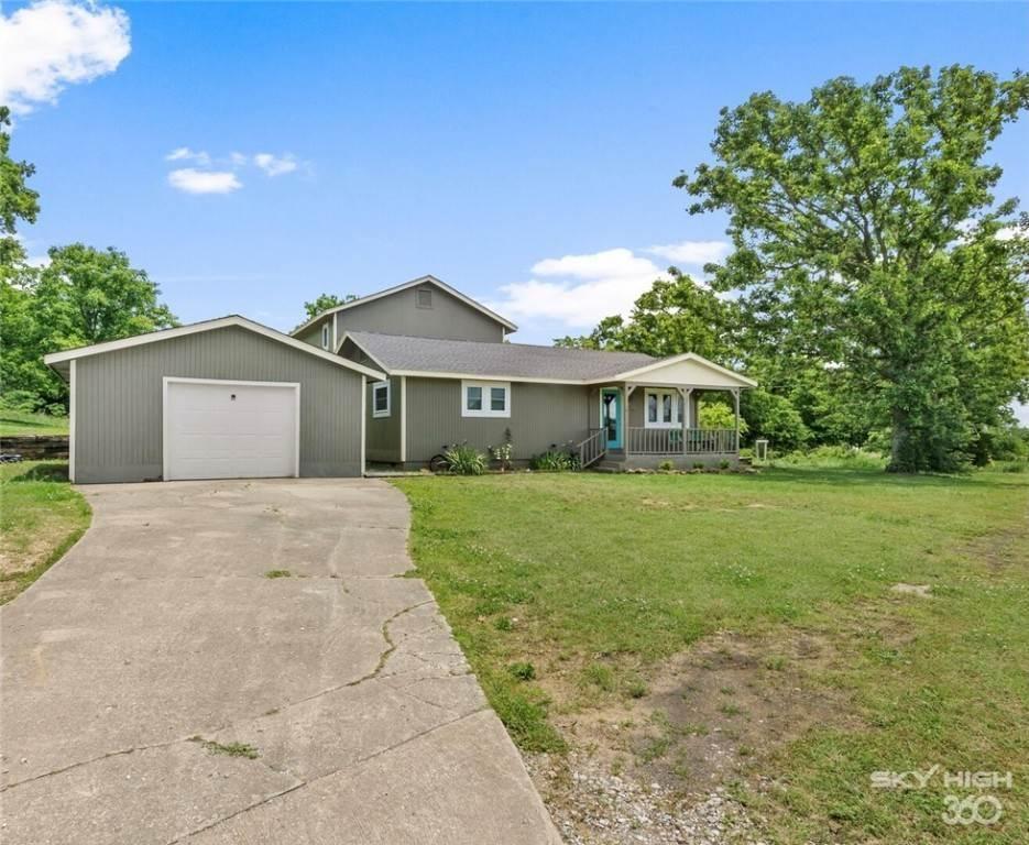 Single Family Homes for Sale at 304 Hale Road Elkins, Arkansas 72727 United States