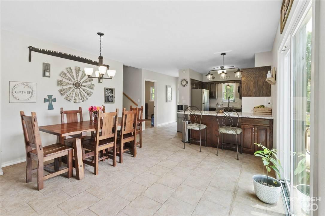 6. Single Family Homes for Sale at 304 Hale Road Elkins, Arkansas 72727 United States