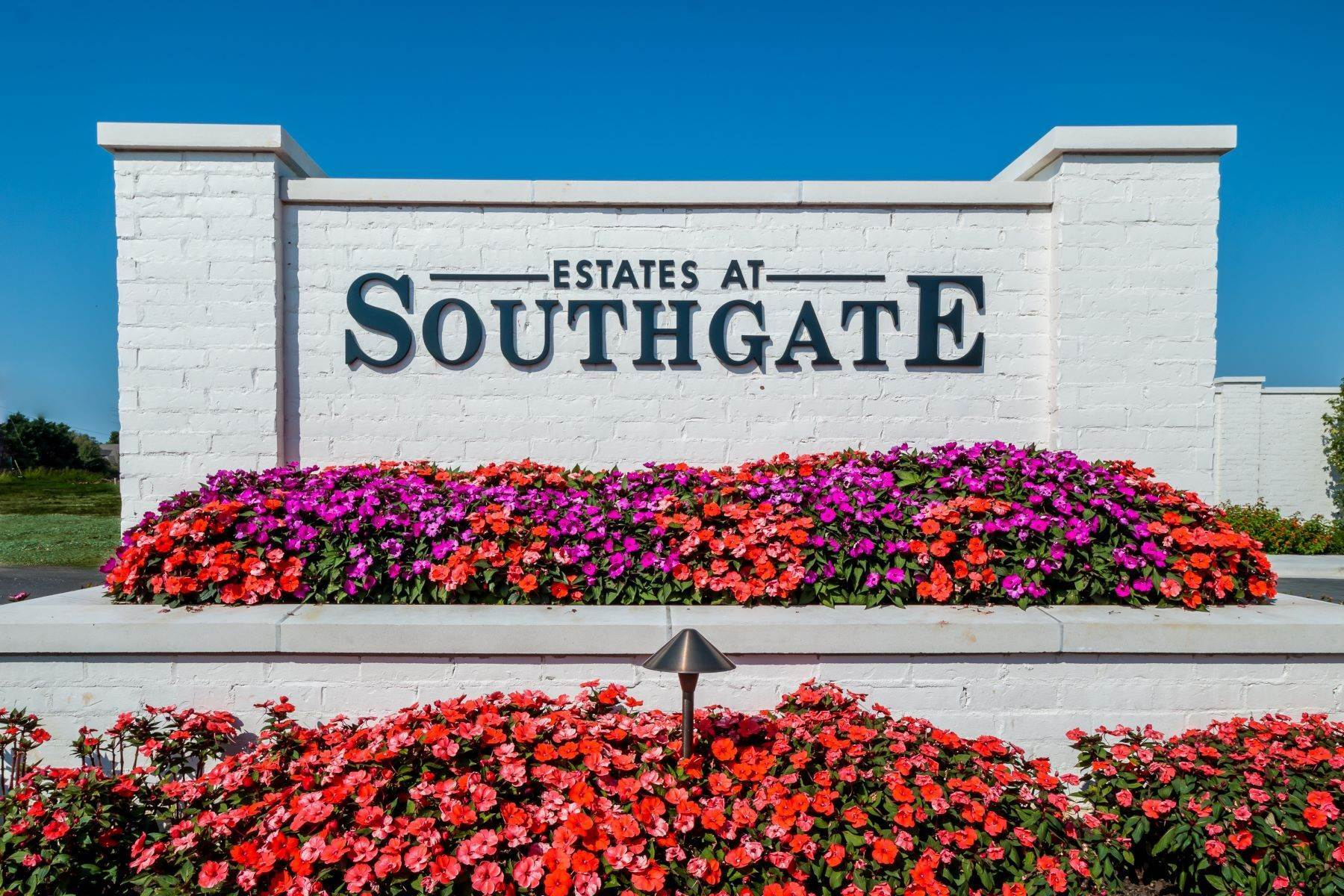 Land for Sale at Lot 8 Estates at Southgate 4814 Southgate Estates Circle Rogers, Arkansas 72758 United States